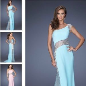 Gigi Formal Prom dress in Aqua. Gorgeous !!!